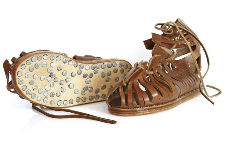romische-sandalen-caligae.jpg